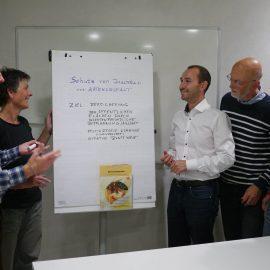 Dr. Stefan Belz im Gespräch mit VertreterInnen der Essbaren Stadt